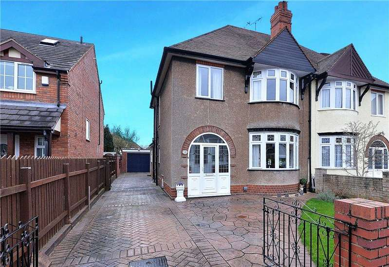3 Bedrooms Semi Detached House for sale in Grosvenor Avenue, Kidderminster, DY10