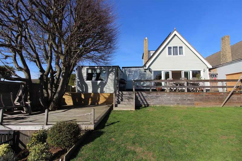 4 Bedrooms Detached House for sale in Eastwood, Leigh on Sea