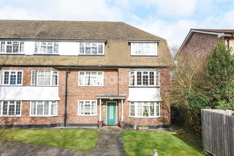 1 Bedroom Flat for sale in Mansard Manor, Christchurch Park, Sutton