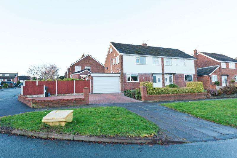 3 Bedrooms Semi Detached House for sale in Ludlow Cres Higher Runcorn