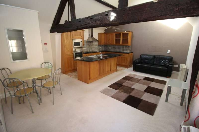 2 Bedrooms Flat for sale in Broad Street, Worcester, WR1