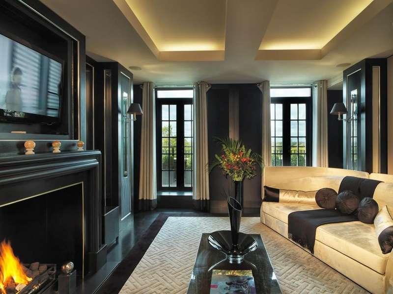 4 Bedrooms Flat for rent in Mount St, Mayfair, London W1K 7TN