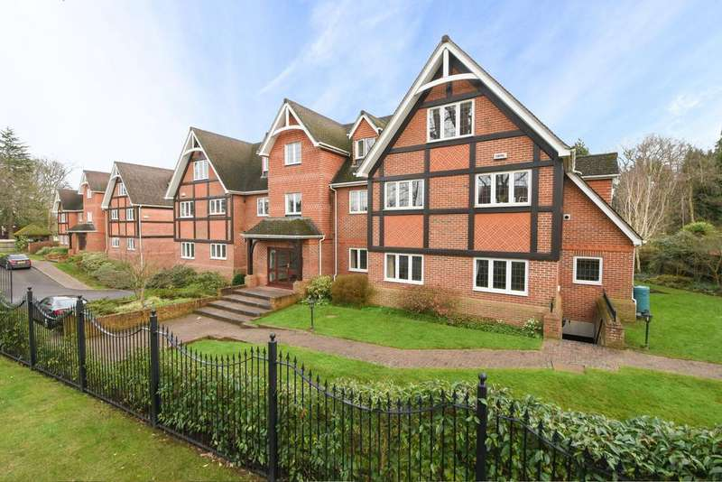 2 Bedrooms Flat for sale in Elgin Place, Weybridge kt13