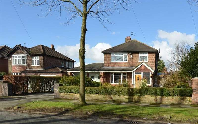 3 Bedrooms Detached House for sale in Kingsnorth Road, FLIXTON, Manchester