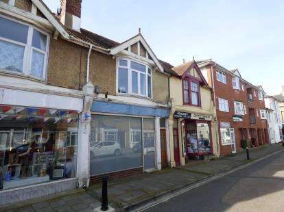3 Bedrooms Terraced House for sale in East Cowes, Isle Of Wight