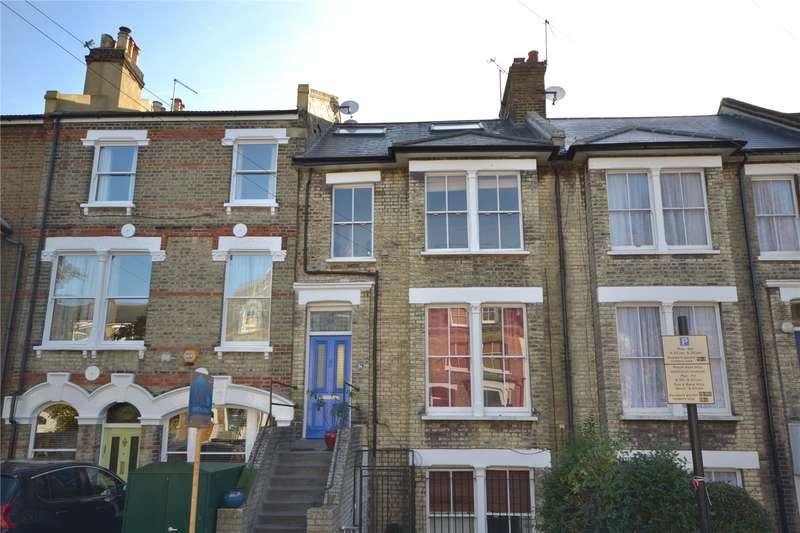 2 Bedrooms Maisonette Flat for sale in Sparsholt Road, Stroud Green, London, N19