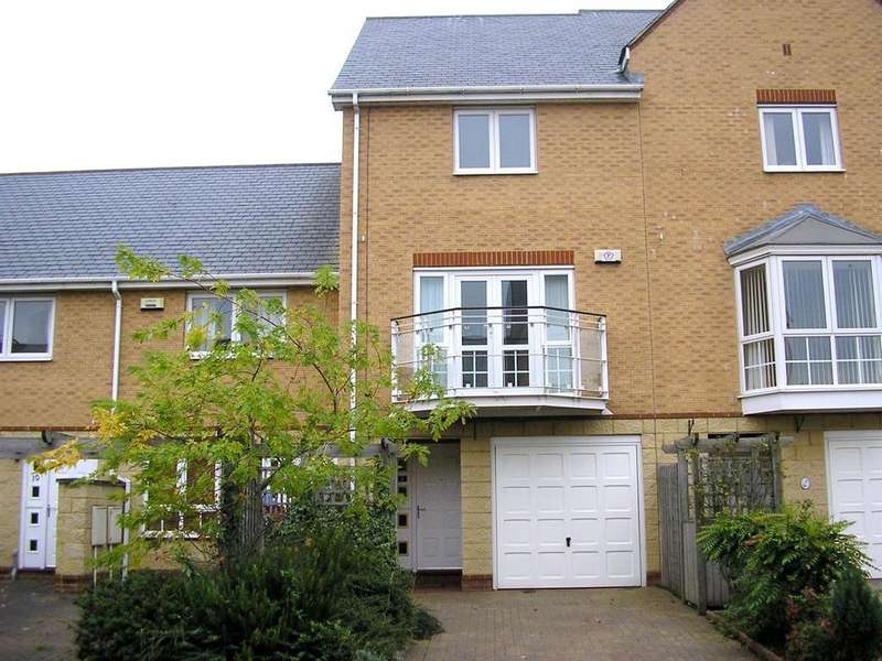 3 Bedrooms Town House for sale in Chandlers Way, Penarth Marina