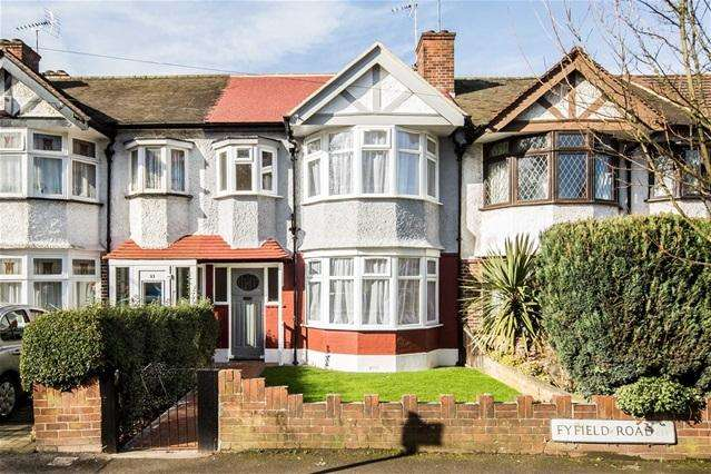3 Bedrooms House for sale in Fyfield Road, Walthamstow