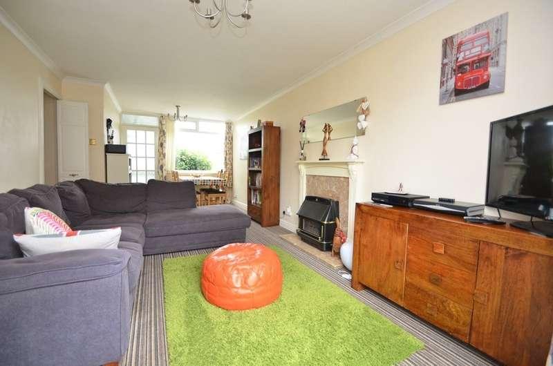 3 Bedrooms Semi Detached House for sale in Cornwallis Road, Bilton, Rugby