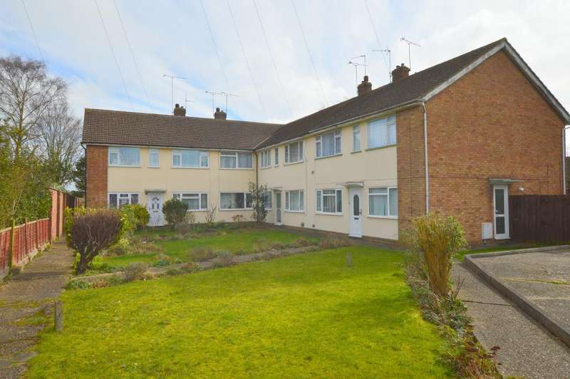 2 Bedrooms Maisonette Flat for sale in Ashcroft Road, Luton, LU2 9AX