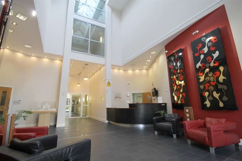 2 Bedrooms Property for sale in Bute Terrace, Cardiff
