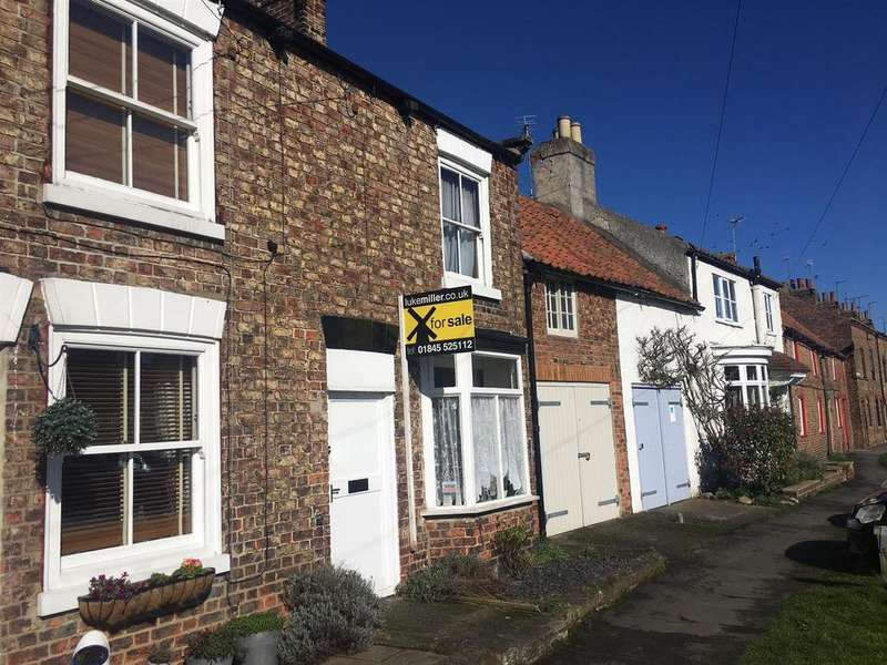 3 Bedrooms House for sale in St. James Green, Thirsk