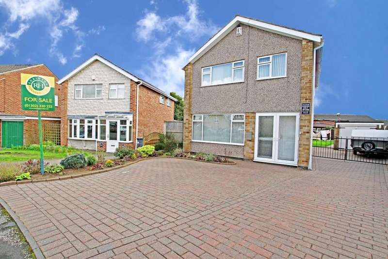 3 Bedrooms Detached House for sale in Westmorland Way, Sprotbrough, Doncaster