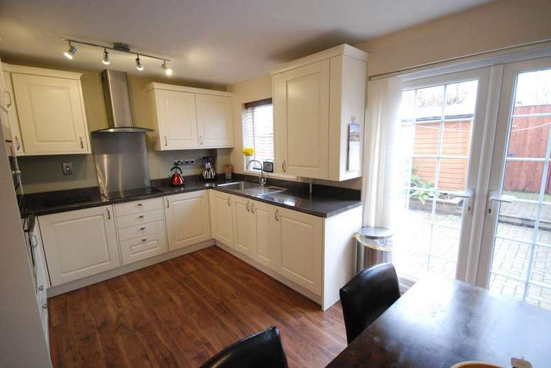 3 Bedrooms House for sale in Glenmoor, Hebburn