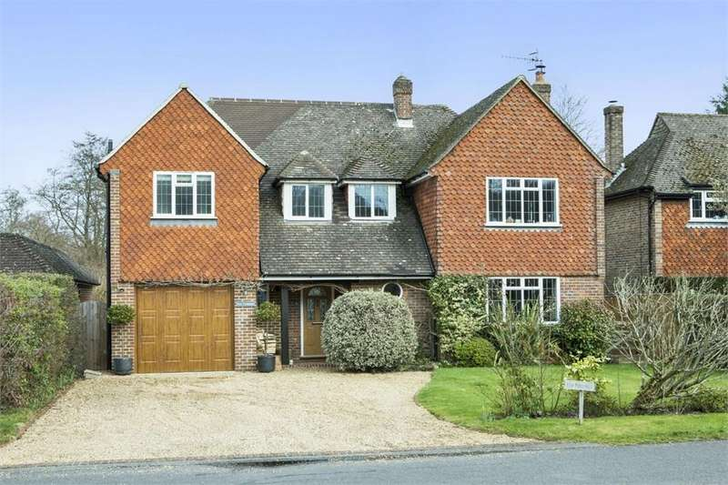 4 Bedrooms Detached House for sale in Linersh Wood Close, Bramley, Guildford, Surrey