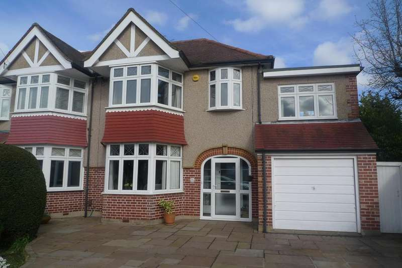 4 Bedrooms Semi Detached House for sale in Fairfield Avenue, Twickenham TW2