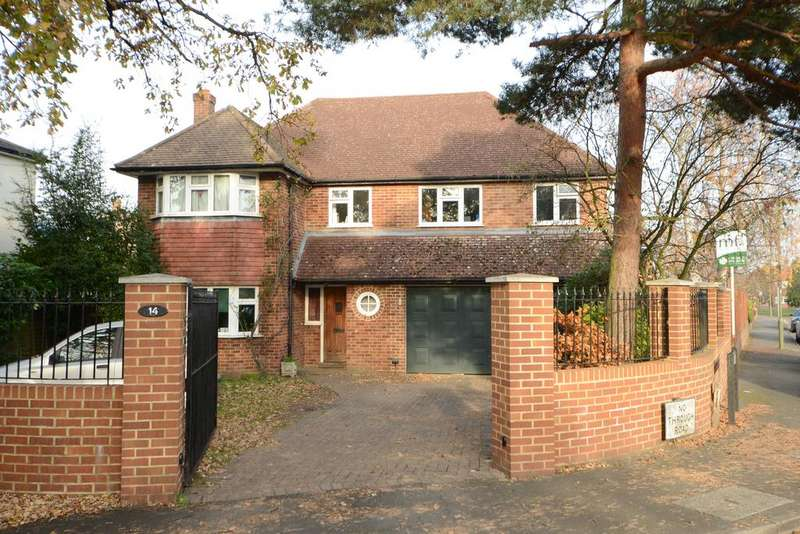 5 Bedrooms Detached House for sale in Walton Park Lane, WALTON ON THAMES KT12