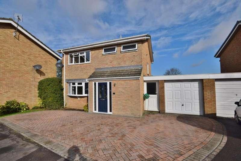 3 Bedrooms Link Detached House for sale in Kempshott, Basingstoke, RG22