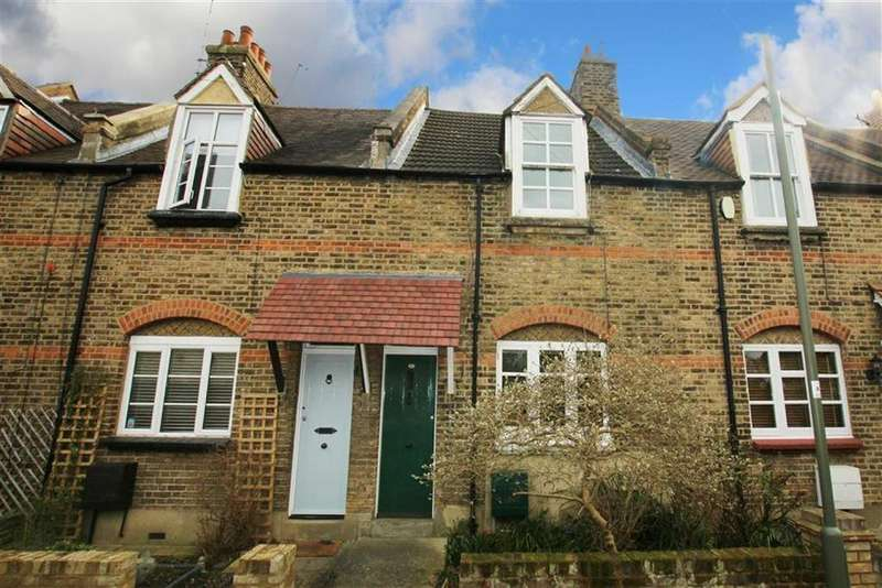 2 Bedrooms Terraced House for sale in Sherwood Street, Whetstone, London