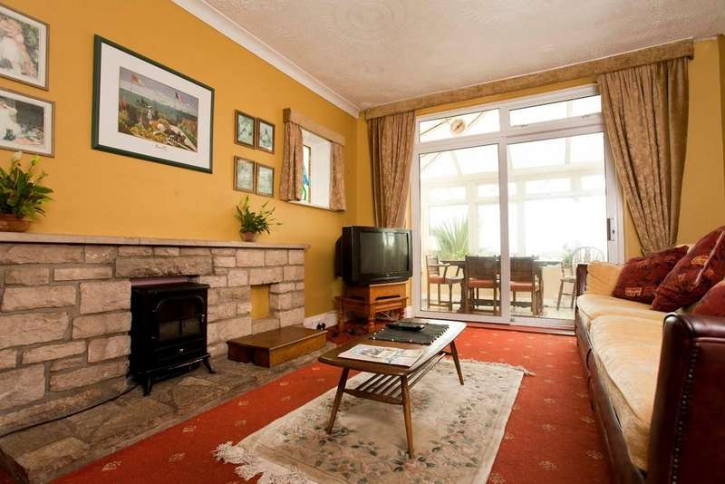 6 Bedrooms Detached House for rent in Lystra Road, Moordown