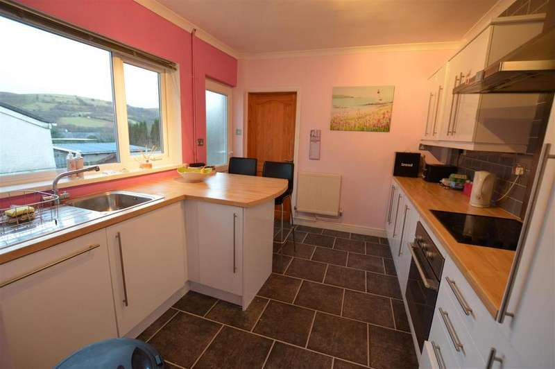3 Bedrooms Semi Detached House for sale in Abernant Road, Cwmgors, Ammanford