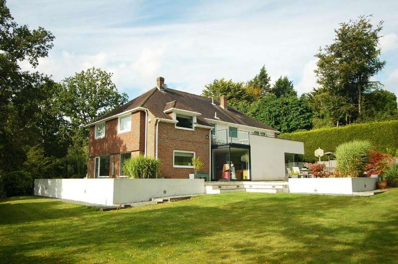 4 Bedrooms Detached House for sale in Potters Heron Lane, Ampfield, Hampshire, SO51
