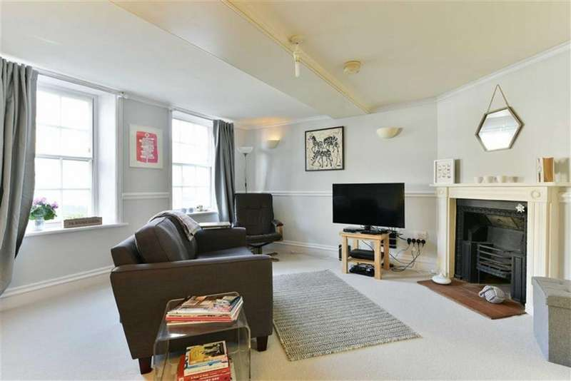 1 Bedroom Flat for sale in South Street, Epsom, Surrey