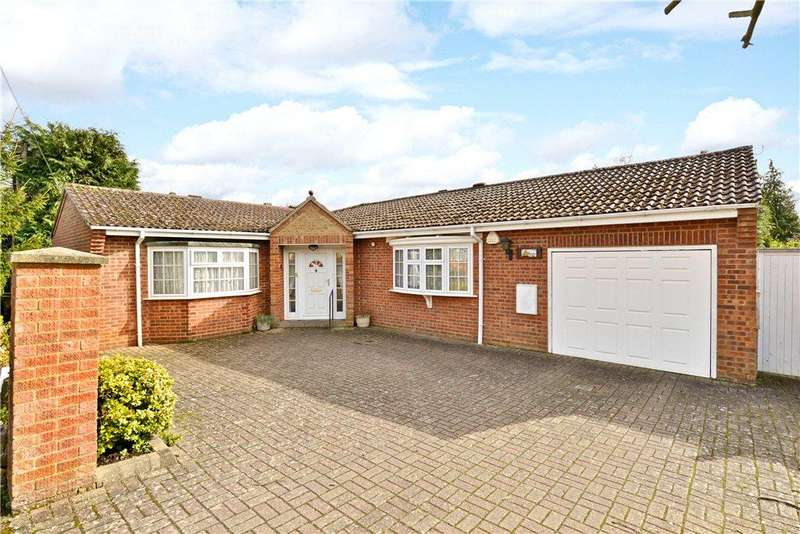 3 Bedrooms Detached Bungalow for sale in Poplar Close, Leighton Buzzard, Bedfordshire