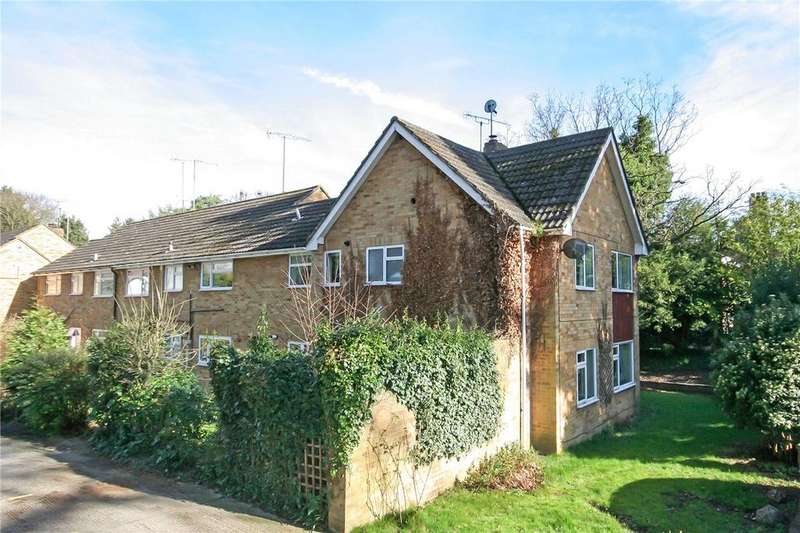 3 Bedrooms Flat for sale in Berkeley Court, Harpenden, Hertfordshire