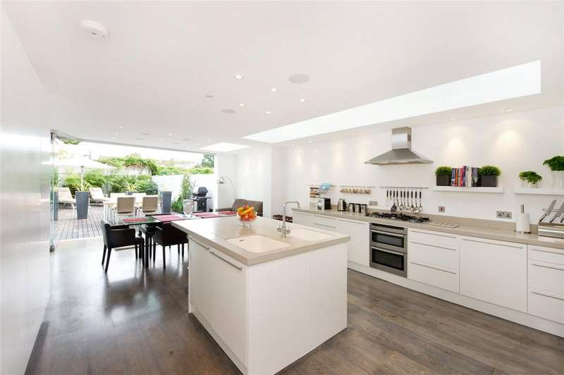5 Bedrooms Semi Detached House for rent in Homefield Road, Chiswick, London, W4