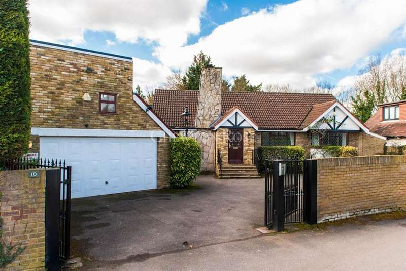 5 Bedrooms Detached House for sale in The Crescent, Shepperton Marina