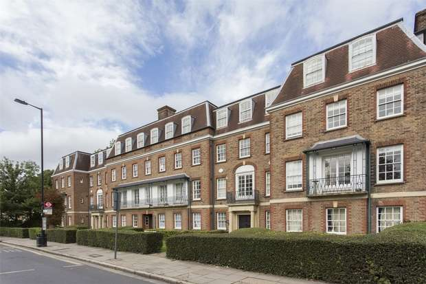 3 Bedrooms Flat for sale in Long Ridges, Fortis Green, N2