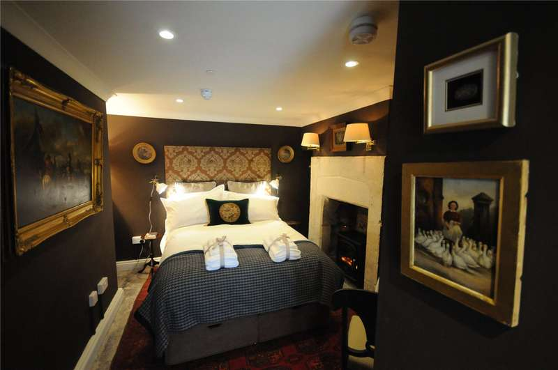 1 Bedroom Flat for sale in Claverton Buildings, Bath, BA2