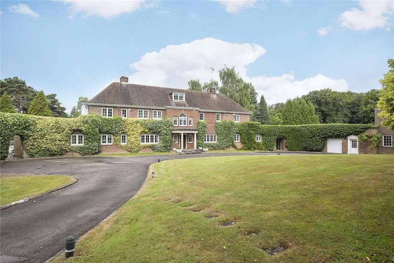 6 Bedrooms Detached House for sale in Hyde Lane, Nash Mills, Hemel Hempstead, Hertfordshire, HP3