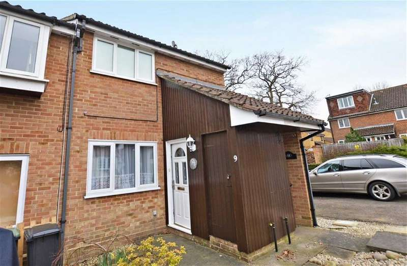 1 Bedroom Property for sale in Hampden Close, North Weald