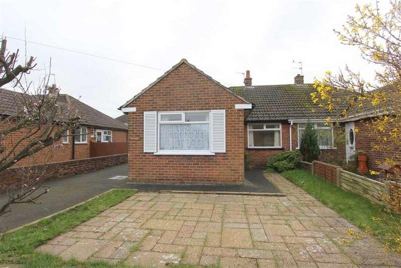 2 Bedrooms Property for sale in Lomond Avenue, Lytham St Annes, Lancashire