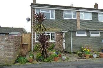 3 Bedrooms House for sale in Godwit Road, Southsea, PO4 8XL