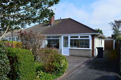 2 Bedrooms Bungalow for sale in Orchard Close, Worle, Weston-Super-Mare
