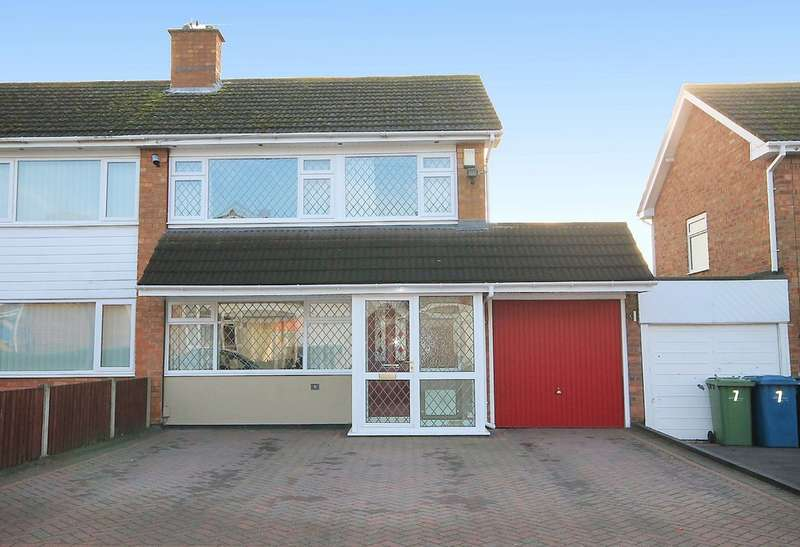 3 Bedrooms Semi Detached House for sale in Hayworth Close, Coton Green,Tamworth, B79 8ER