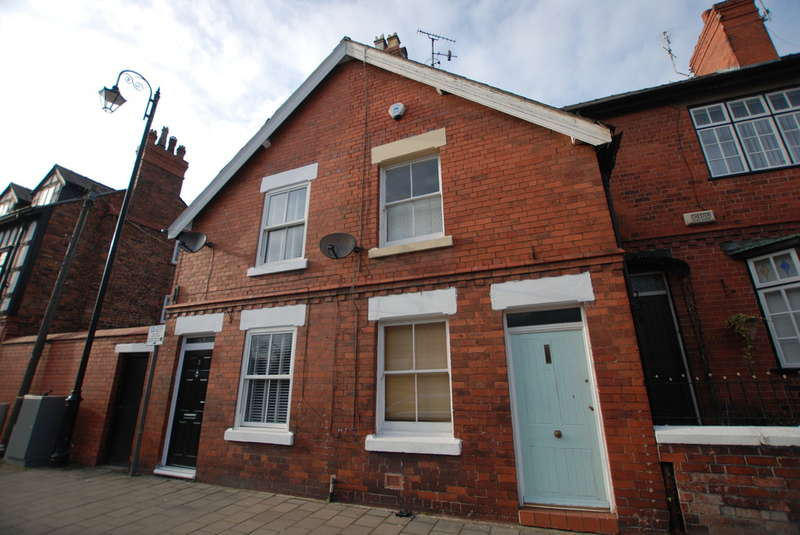 2 Bedrooms Terraced House for sale in Union Street, Chester