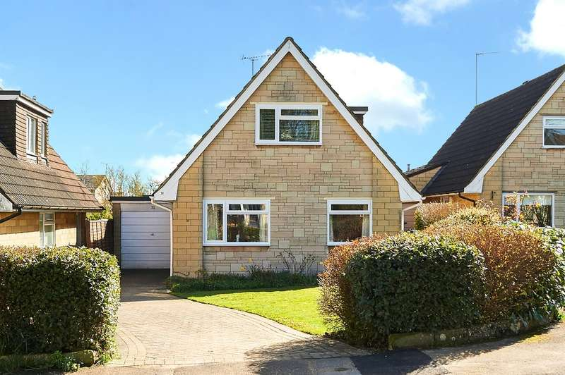 3 Bedrooms Detached House for sale in Highlands Close, Corsham