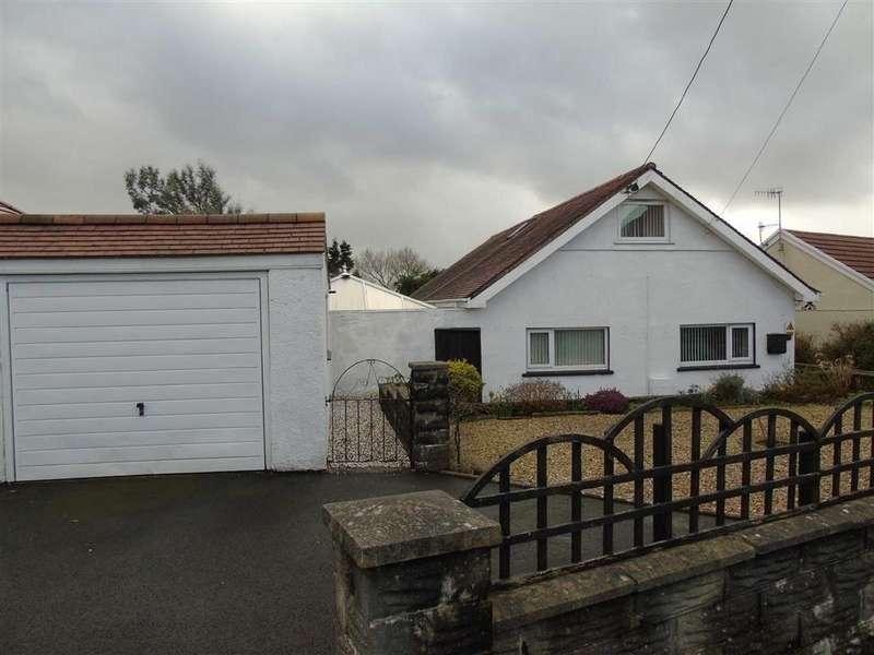 4 Bedrooms Detached Bungalow for sale in Trallwm Road, Llwynhendy, Llanelli