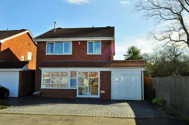 4 Bedrooms Detached House for sale in Radcliffe Drive, Halesowen