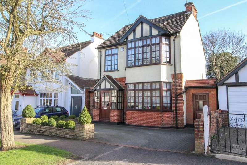3 Bedrooms Detached House for sale in St. Johns Avenue, Warley, Brentwood, Essex, CM14