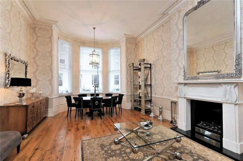 3 Bedrooms Flat for sale in Queen's Gate Gardens, South Kensington, London, SW7