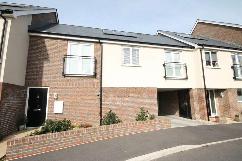 2 Bedrooms Terraced House for sale in Southlands Way, Shoreham-by-Sea, BN43 6AU