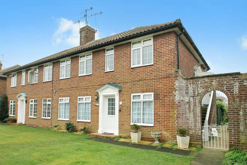 2 Bedrooms Flat for sale in Gaisford Close, Worthing, BN14 7HX