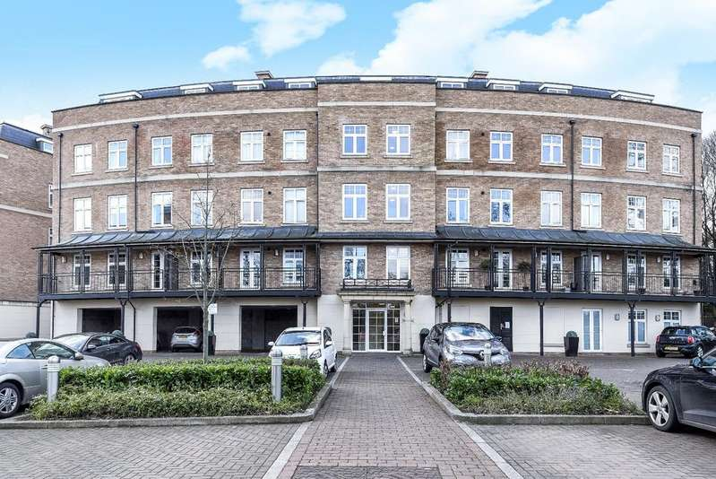 2 Bedrooms Flat for sale in Jefferson Place Bromley BR2