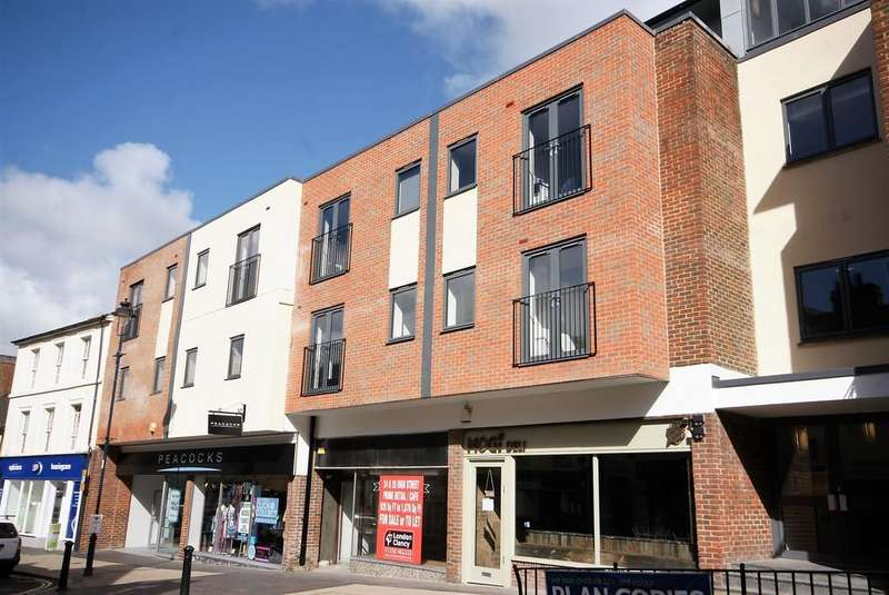2 Bedrooms Apartment Flat for sale in Wey River House, High Street, ALTON, Hampshire