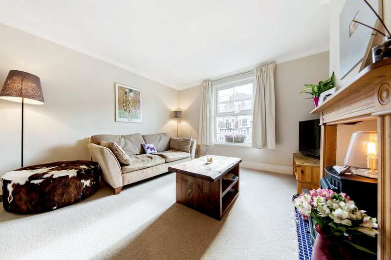 3 Bedrooms Terraced House for sale in Wellfield Road, SW16